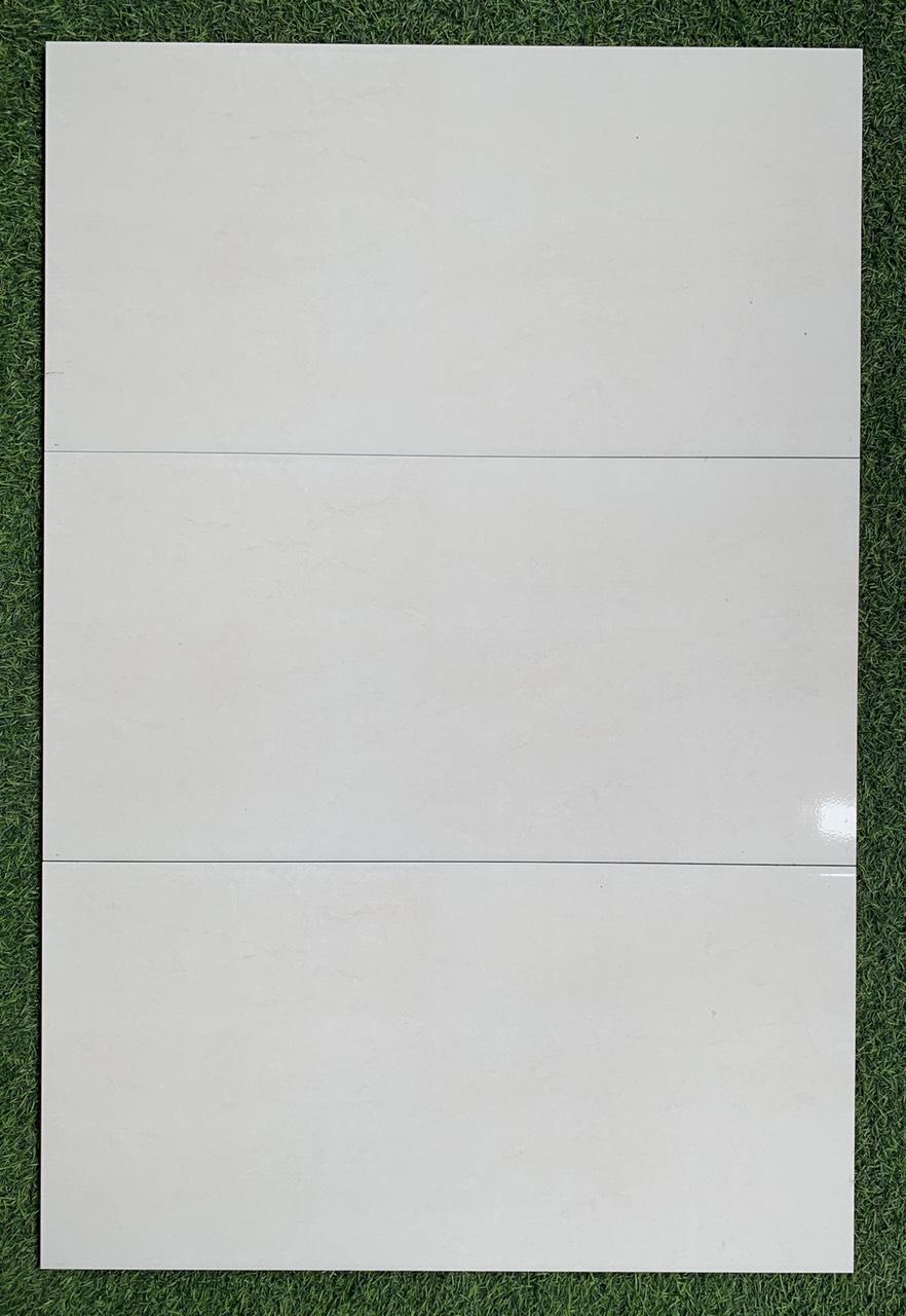 Gạch 30x60 ốp tường trắng trơn giá rẻ Bình Tân